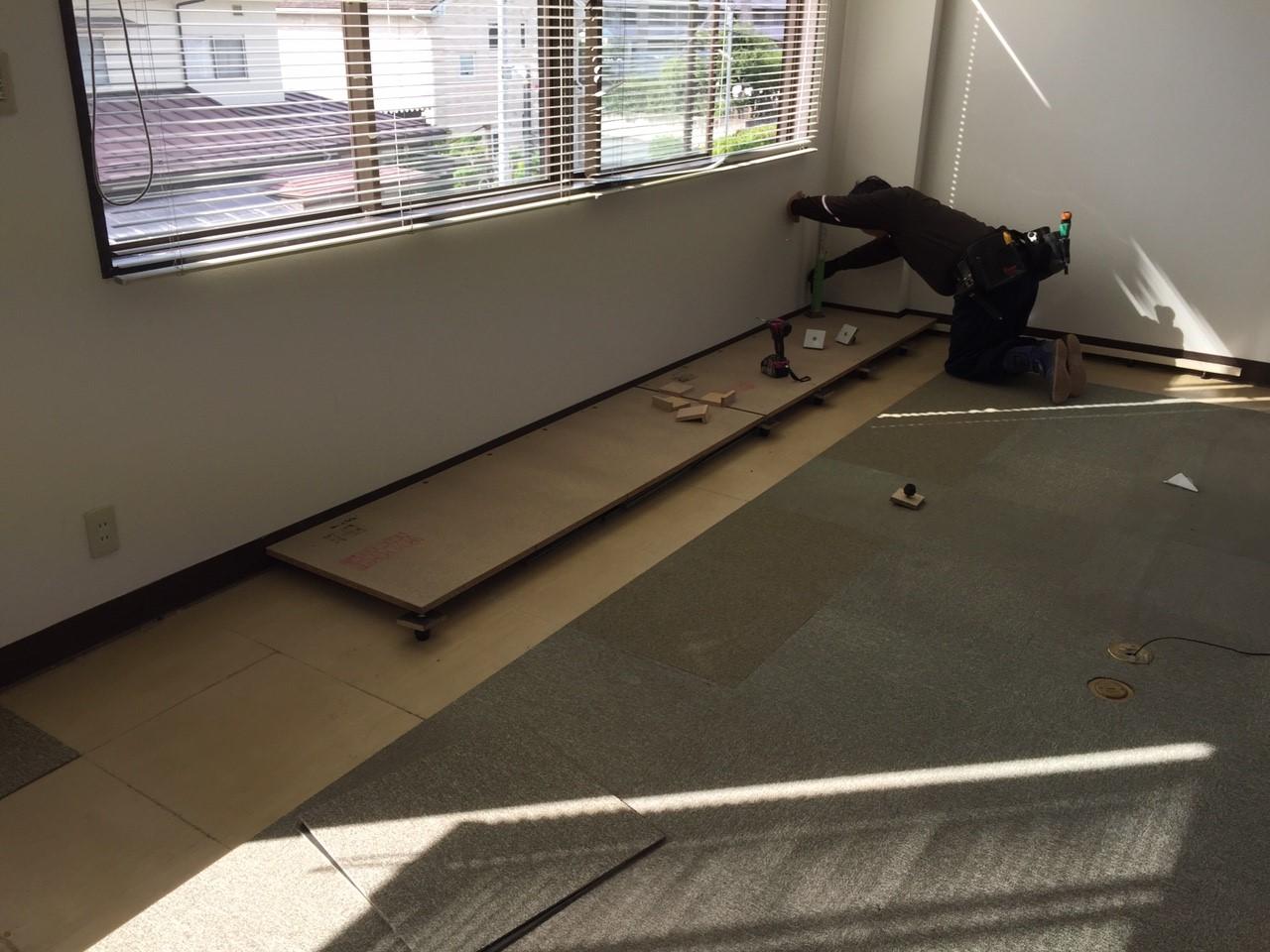 テナントダンススタジオ改修工事、置床・乾式二重床、ダンスフロア工事