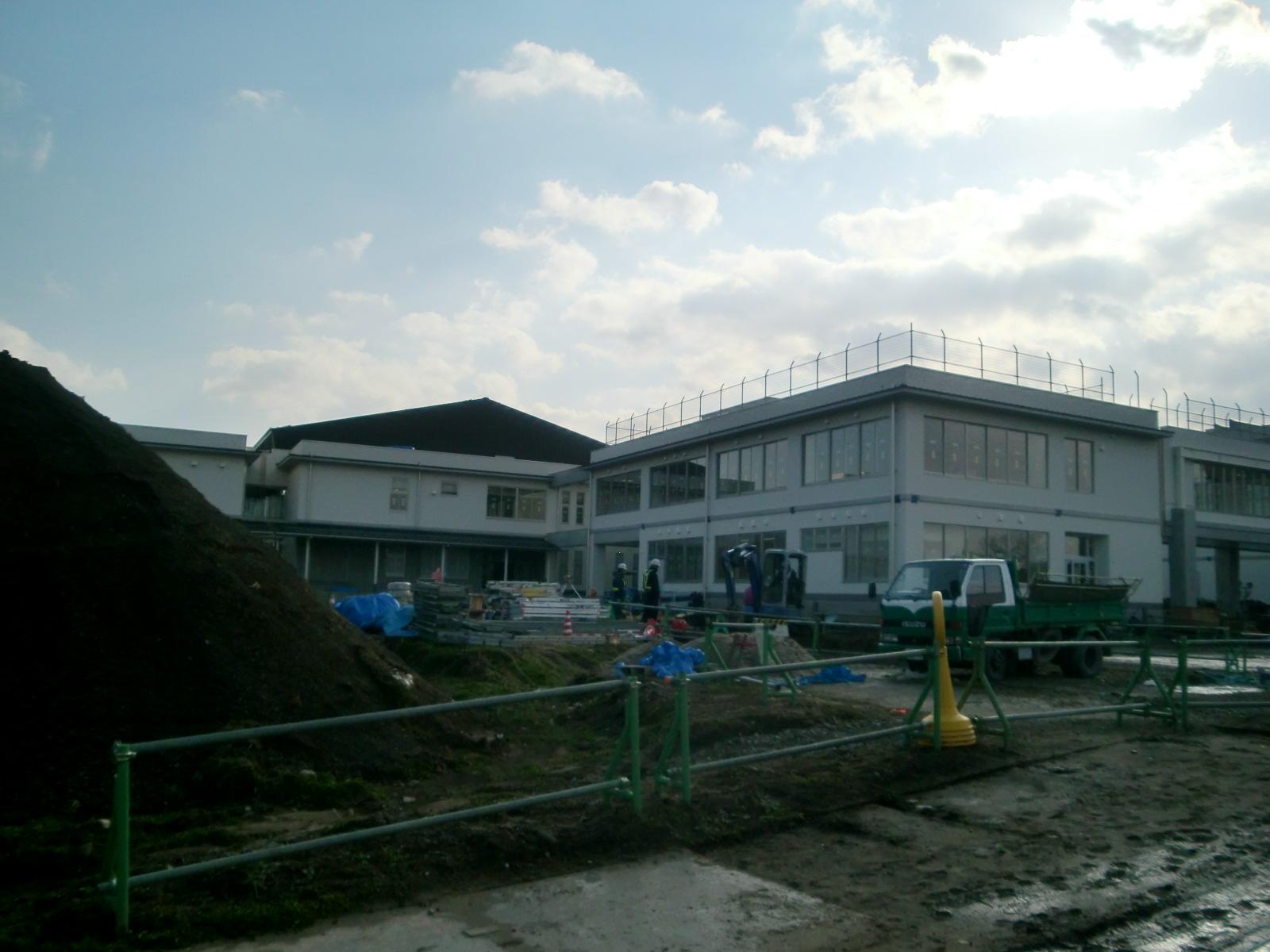 体育館新設に伴う鋼製床下地組み工事