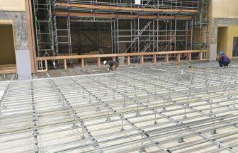 体育館改修工事、組床式鋼製床下地