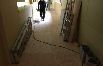 ホテル新築工事、置床・乾式二重床・防振マット施工