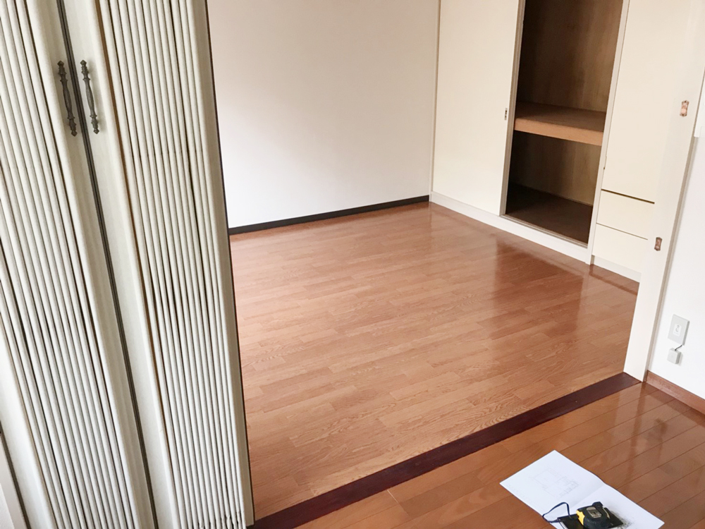 賃貸アパートリノベーション、浮き床・二重床、フローリング工事